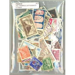 FRANCE LOT 200 TIMBRES OBLITERES DIFFERENTS A TRIER N3