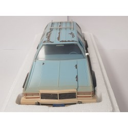 FORD LTD COUNTRY SQUIRE TERMINATOR 2 GREENLIGHT ARTISAN 1/18 BOITE NEUVE